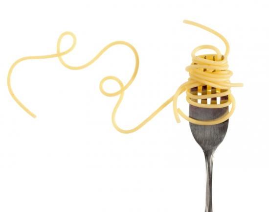 Spaghetti auf Gabel (Quelle: Shutterstock/Melica)