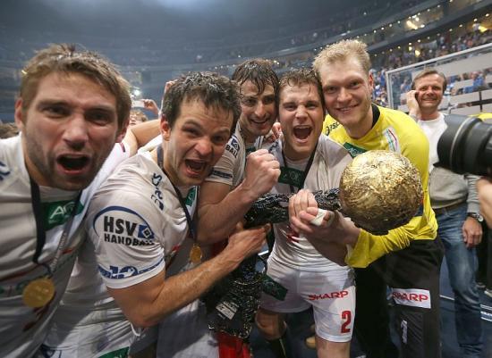 HSV Handballer freuen sich �ber Champions-League-Sieg (Quelle: Michael Freitag)