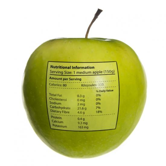Apfel mit Nährstoffinformationen