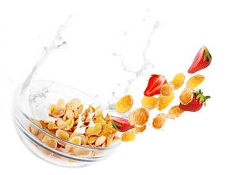 Müsli mit Früchten (Quelle: Shutterstock/Solovyova Lyudmyla)