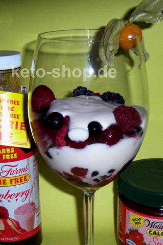 Fitness-Rezept - Waldbeeren mit fruchtiger Joghurtcreme