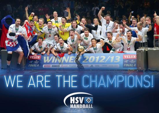 HSV Handballer mit dem Champions-League-Pokal (Quelle: HSV Handball)
